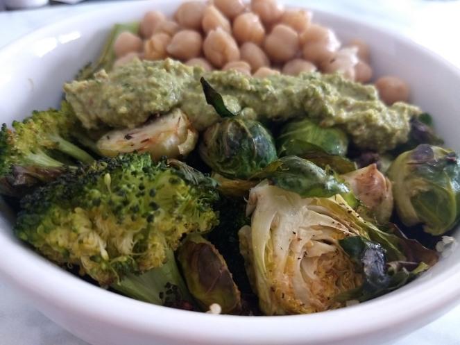Quinoa, Chickpea & Veggie Bowl